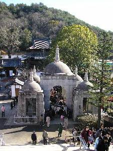 インド風の山門